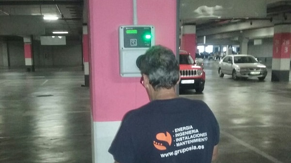 L'Aljub Centro Comercial Elche. Instalación cargadores para coches eléctricos.