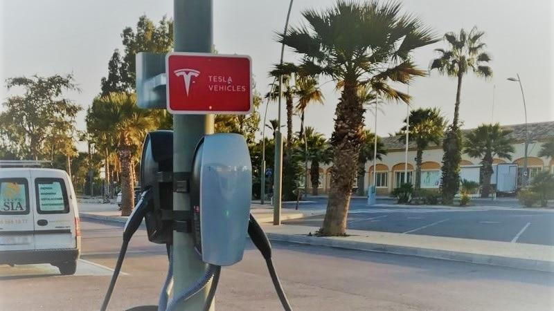 Grupo SIA, instaladores oficiales y recomendados por Tesla