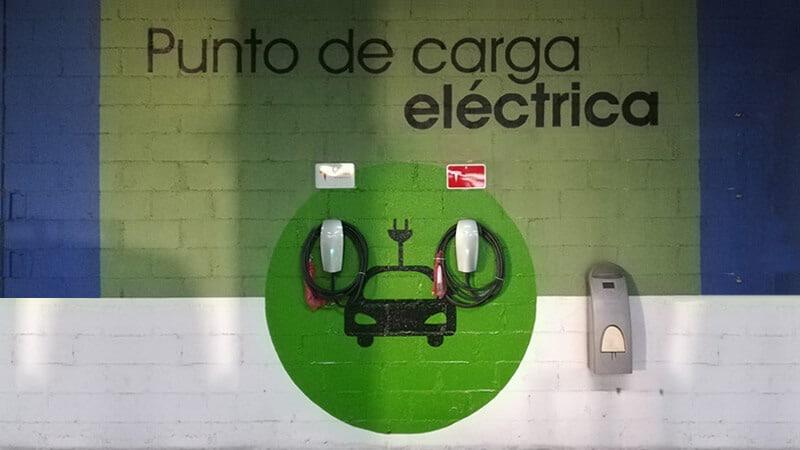 Instalación puntos de recarga para vehículos eléctricos